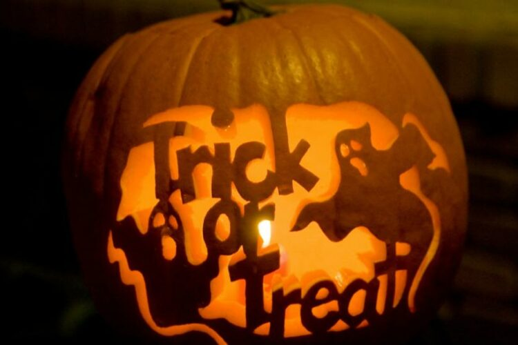Trick-or-Treating: A 100 Word Rant
